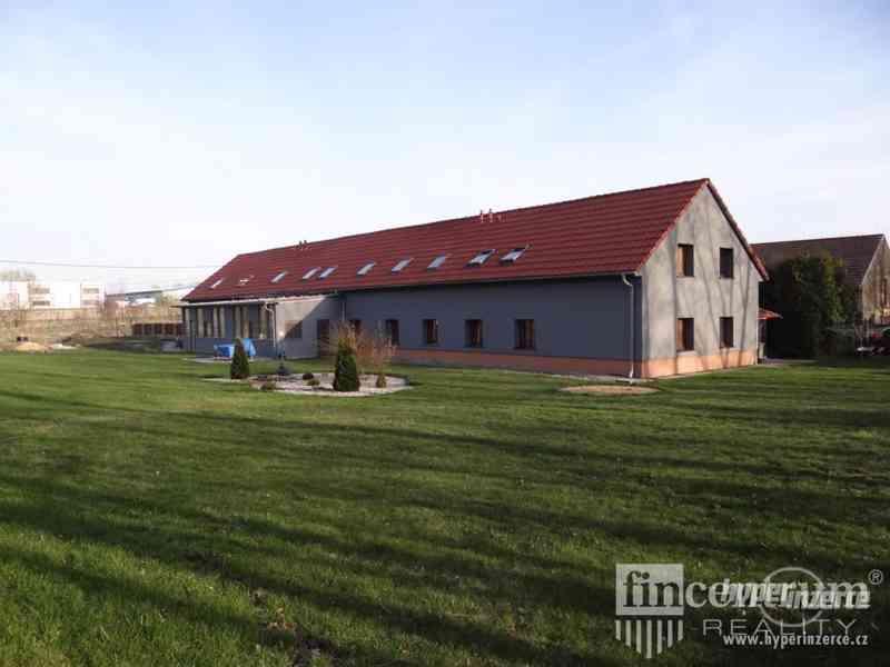 Prodej rodinného domu 484 m2 U Větráku, Červený Újezd
