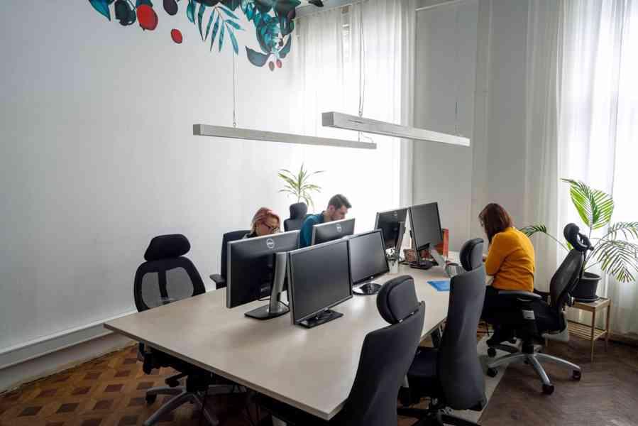 Sdílená kancelář ve Ville Hradčanská - foto 7