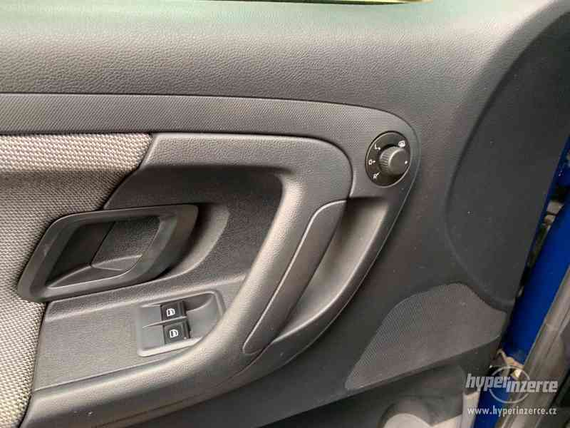 Škoda Fabia II Active 1,2 HTP, 35tisKM - foto 10
