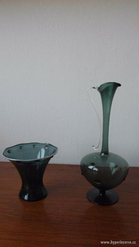 Skleněné vázy.