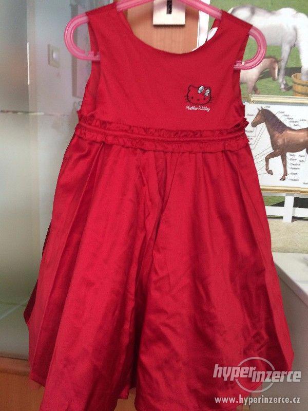 Hello Kitty šaty