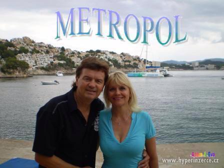 Svatební šaty a kapela  Duo Metropol - živá hudba z Brna