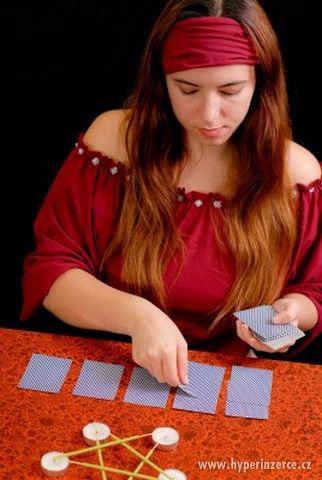 Výklad budoucnosti z karet