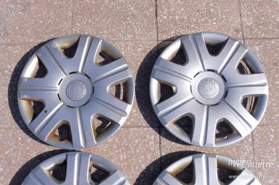Poklice Škoda Octavia originální pěkný stav - foto 18