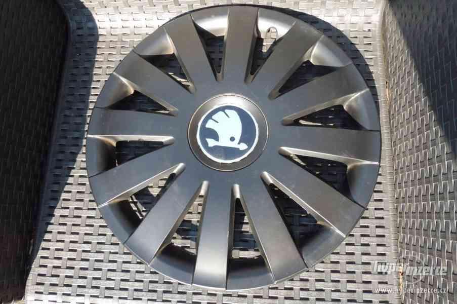 Poklice Škoda Octavia originální pěkný stav - foto 26
