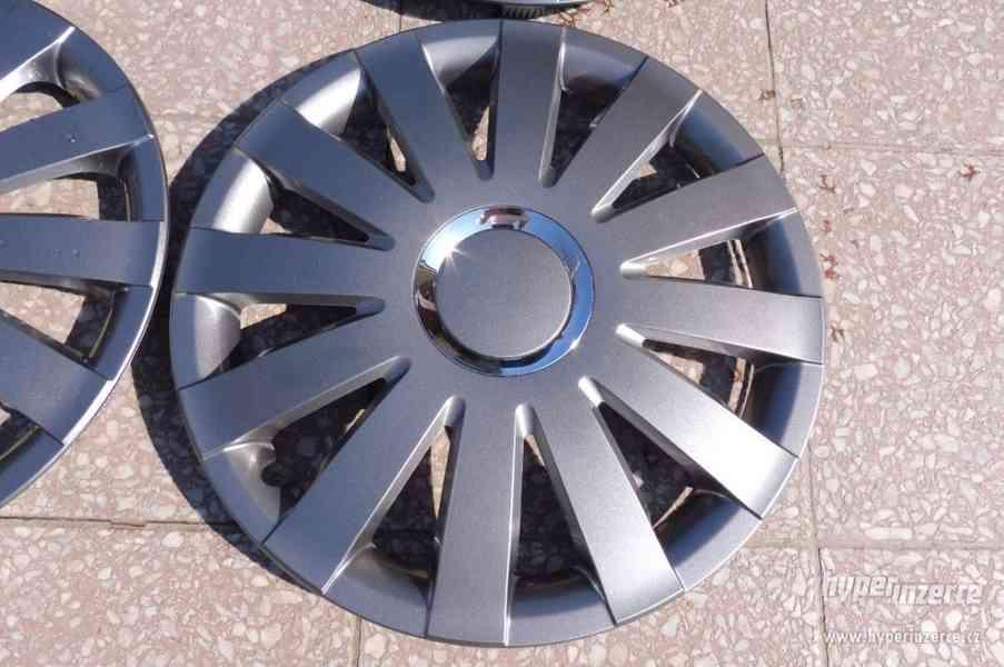 Poklice Škoda Octavia originální pěkný stav - foto 32