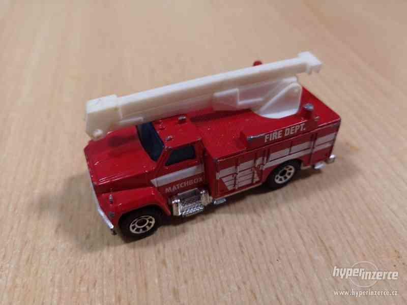 MATCHBOX UTILITY TRUCK FIRE DEPARTMENT 1989 CHINA