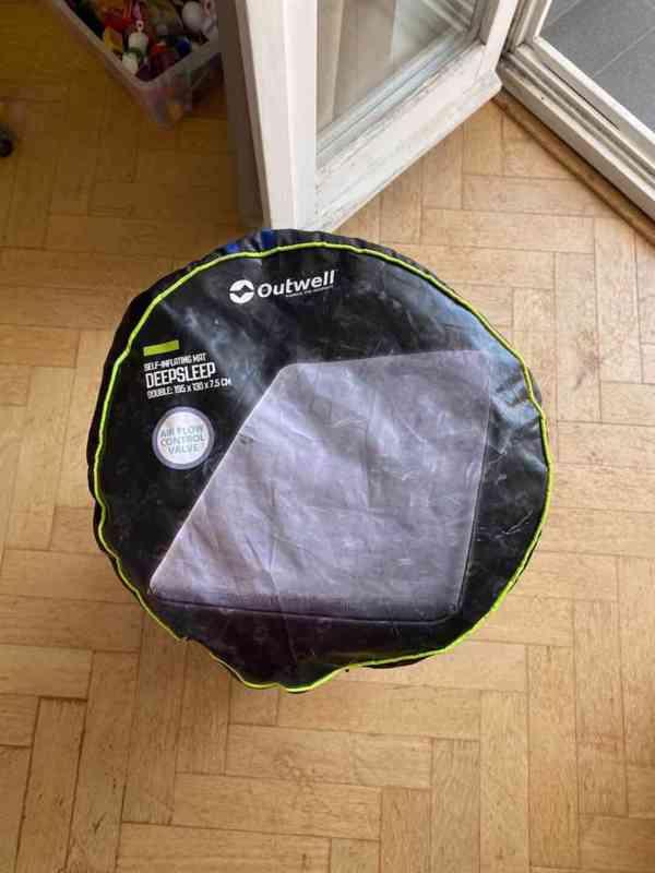 Samonafukovacý karimatka pro 2 osoby Outwel Deepsleep 7.5 cm