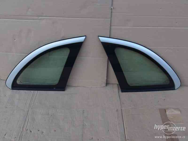 Boční zadní tónovaná okna (boční zadní tónovaná skla) Škoda