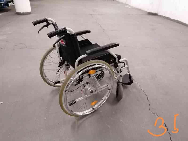 skládací invalidní vozík B+B