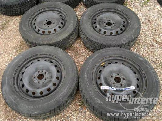 5 x 112 x 15 + zimní pneu 195 x 65 x 15