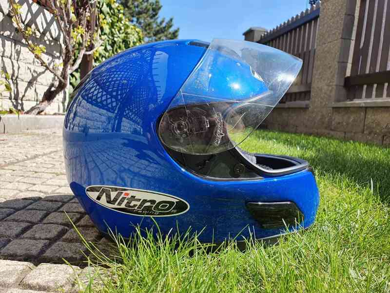 Přilba na motorku Nitro Racing (L)