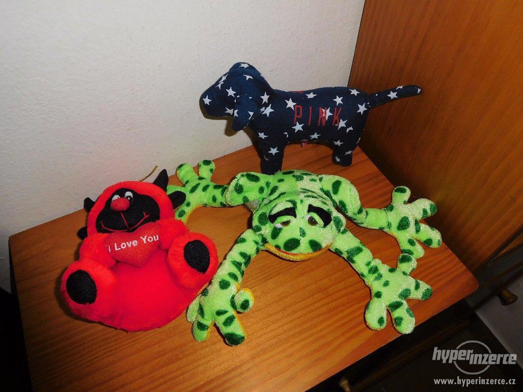 plyšové hračky - foto 1