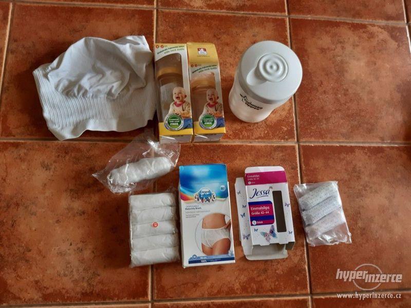 Cestovní sterilizátor na kojeneckou láhev