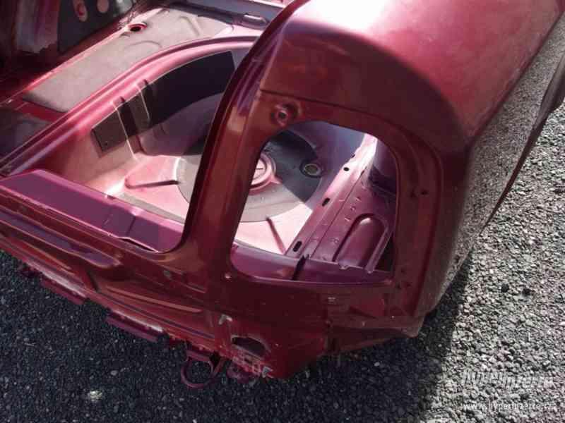 Nehavarovaná zadní část karoserie Škoda Octavia I - foto 13