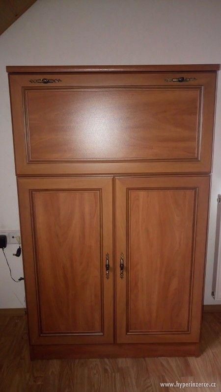 nábytková stěna do obývacího pokoje