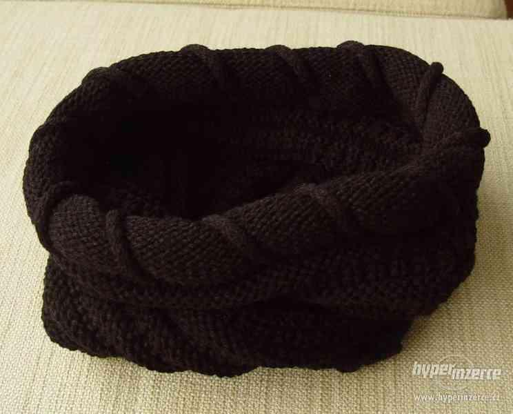 Nový dámský nákrčník, černá barva