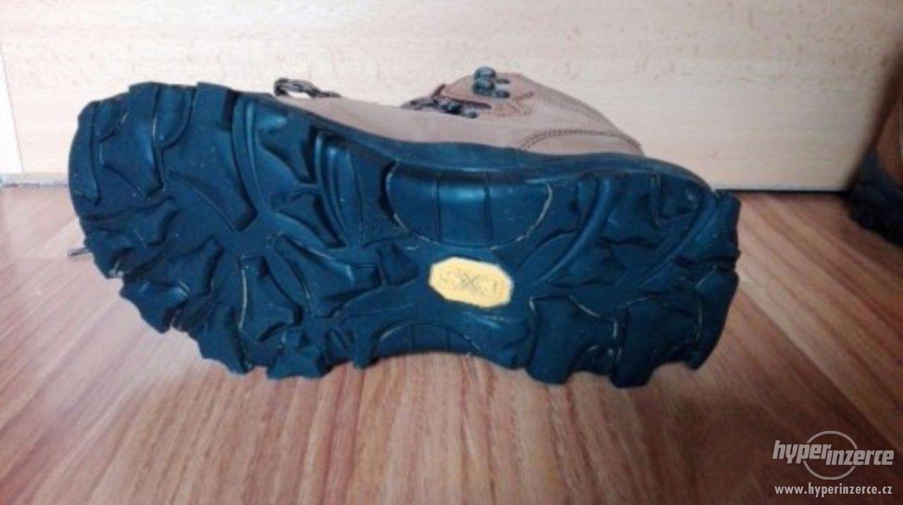 Dámská kvalitní nová trekingová obuv - foto 1