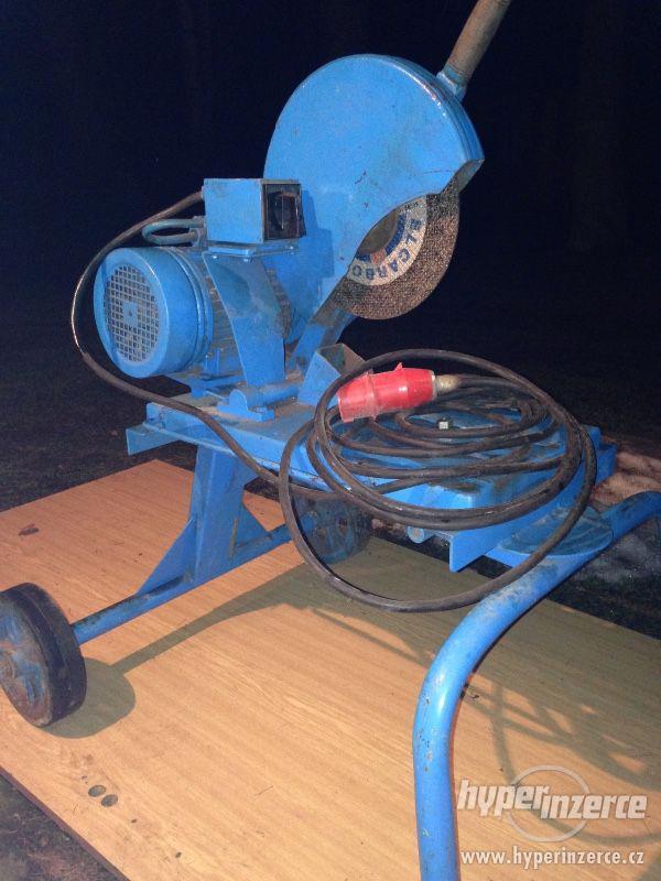 Stojanová rozbrušovací pila na železo - foto 1