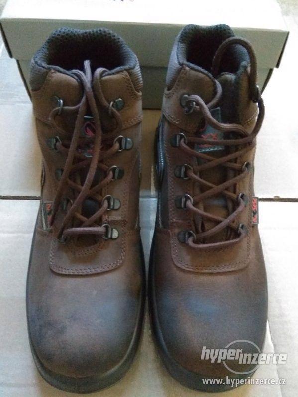 Nové pánské kožené pracovní boty Prabos č. 43 (9) - foto 3