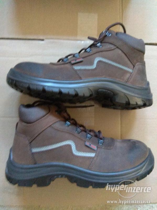 Nové pánské kožené pracovní boty Prabos č. 43 (9) - foto 4