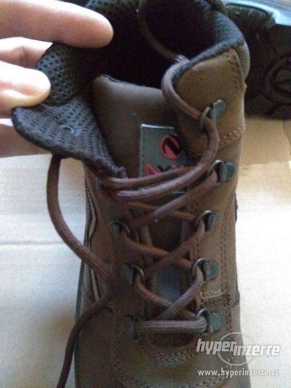 Nové pánské kožené pracovní boty Prabos č. 43 (9) - foto 7