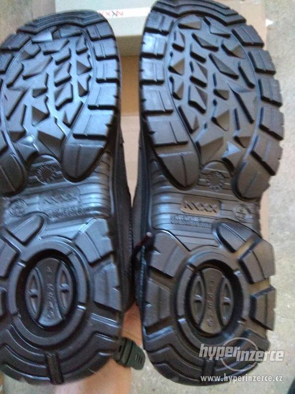 Nové pánské kožené pracovní boty Prabos č. 43 (9) - foto 8