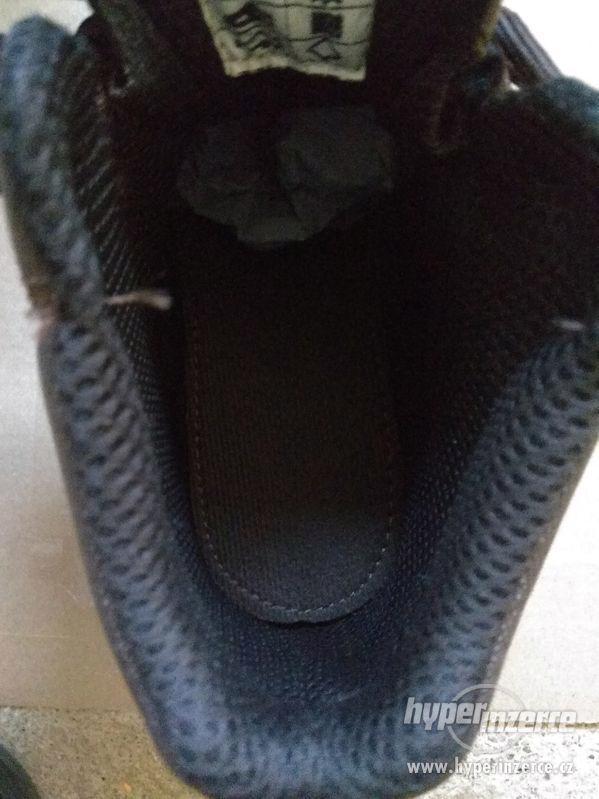 Nové pánské kožené pracovní boty Prabos č. 43 (9) - foto 13