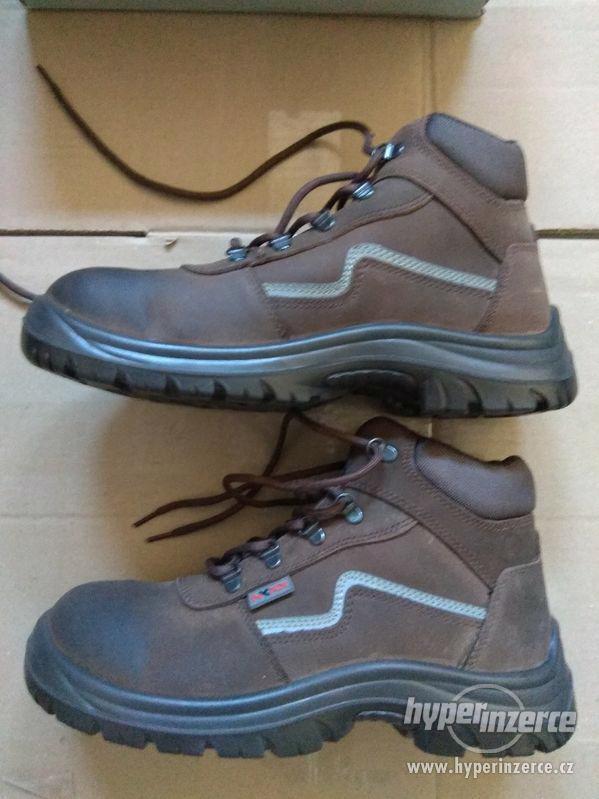 Nové pánské kožené pracovní boty Prabos č. 43 (9) - foto 14