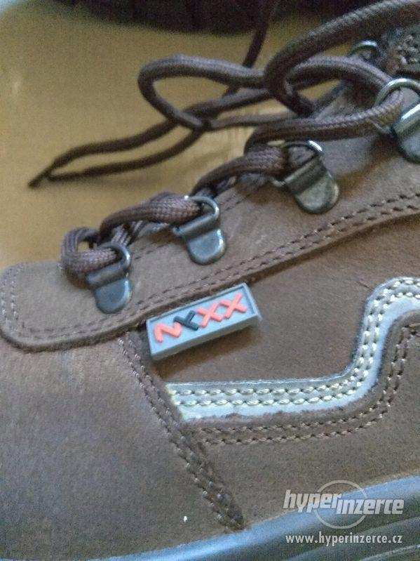 Nové pánské kožené pracovní boty Prabos č. 43 (9) - foto 15