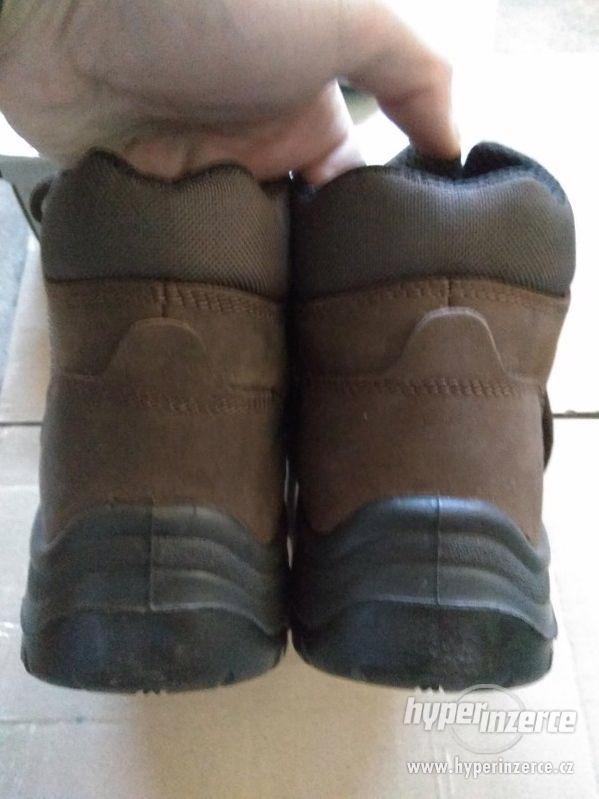 Nové pánské kožené pracovní boty Prabos č. 43 (9) - foto 16