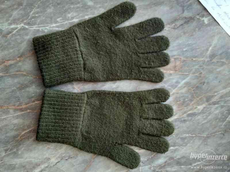 Vojenské pletené rukavice
