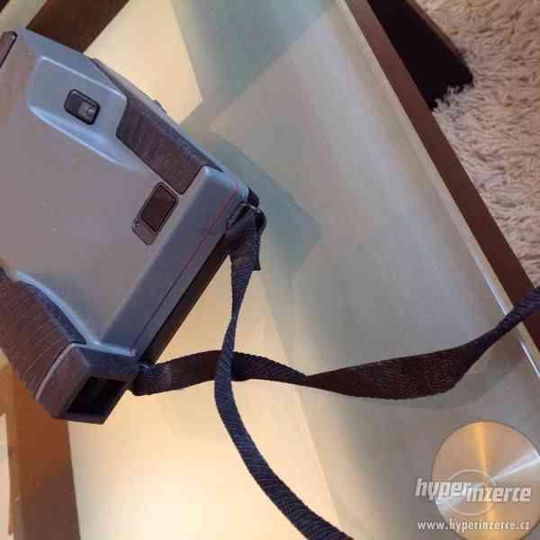 Polaroid Impulse 600