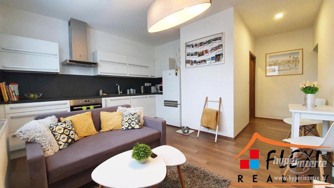 Pronájem hezkého zařízeného bytu po rekonstrukci 2+kk, 47m2 -  Na Bělidle, Ostrava - Moravská Ostrav