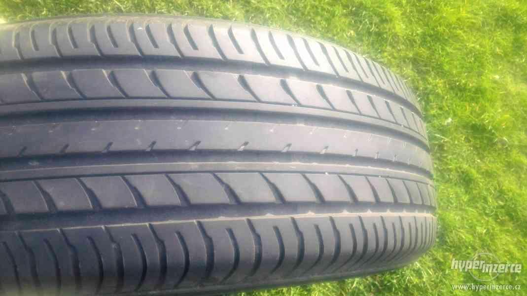 Prodám sadu 4ks letních pneu Yokohama 225/65R17