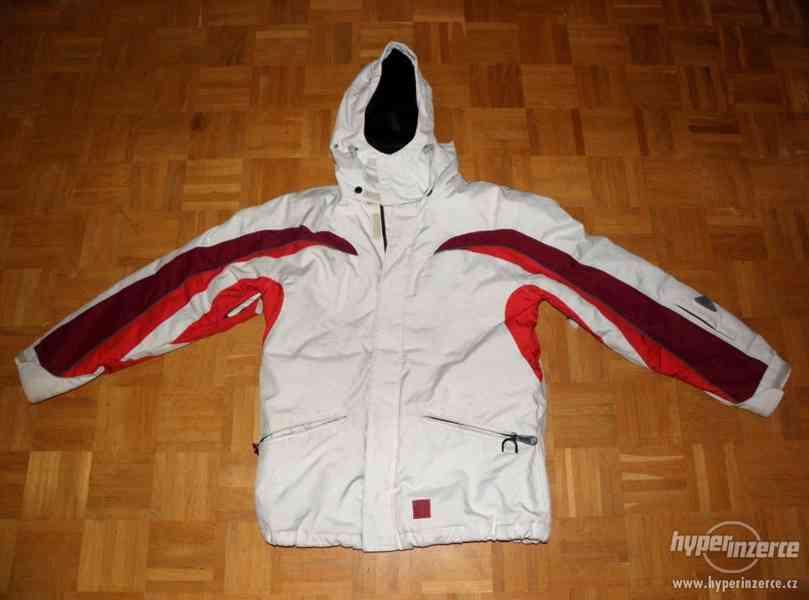 Lyžařská zimní bunda 38 Iguana, bezvadný stav.