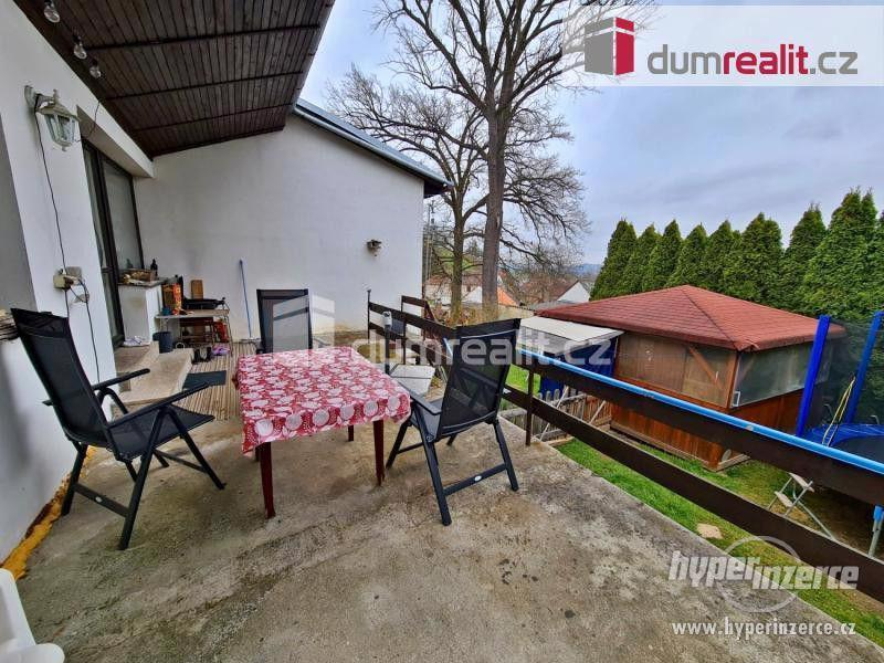 Prodej patrového rodinného domu 190 m2 s velkou garáží a zahradou 2400 m2 - foto 8