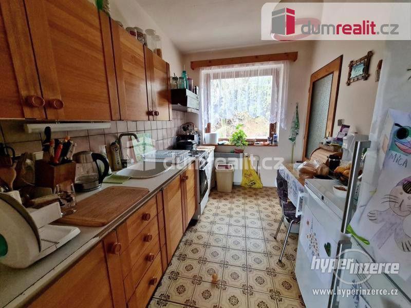 Prodej patrového rodinného domu 190 m2 s velkou garáží a zahradou 2400 m2 - foto 19