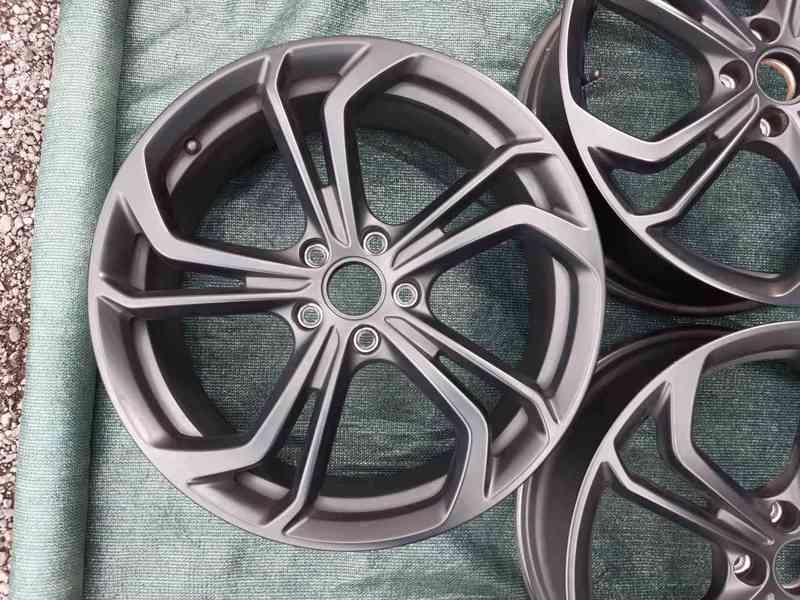 Alu disky Volkswagen Golf VII R R19 Reifnitz - foto 3