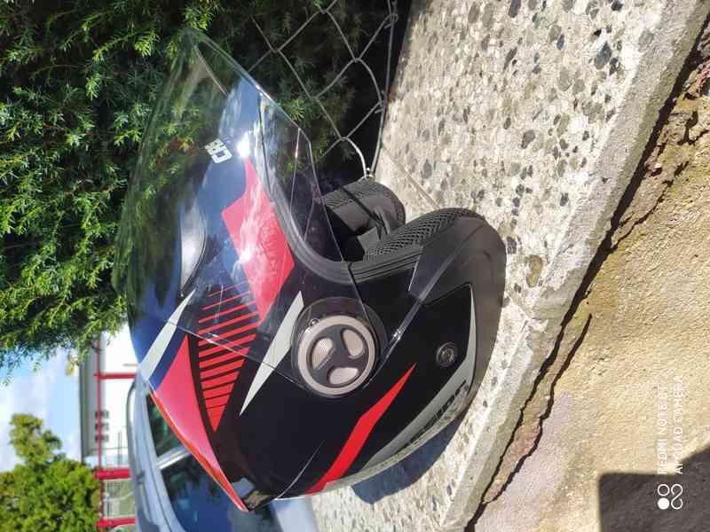 helma na moto levně - foto 8