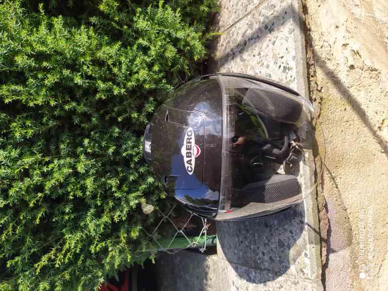 helma na moto levně - foto 1