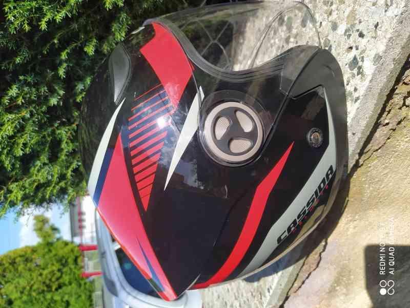 helma na moto levně - foto 7