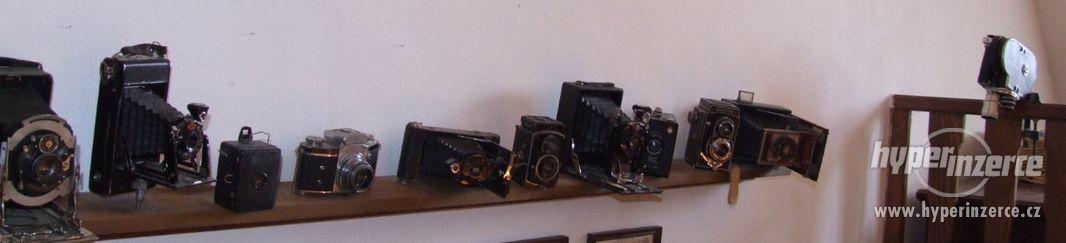 Sbírka retro fotoaparátů a příslušenství. - foto 3