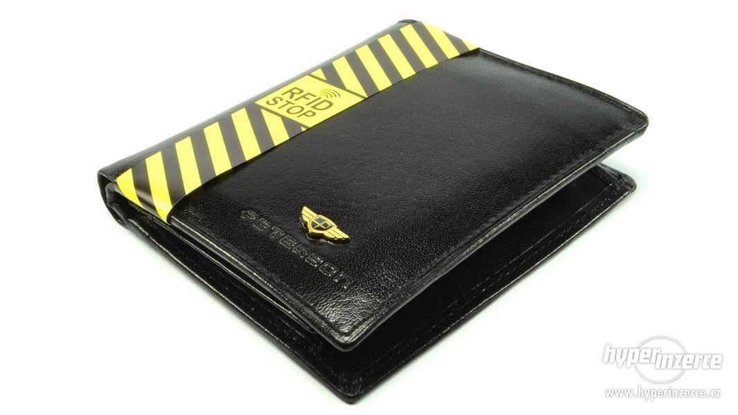 Moderní pánská kožená peněženka