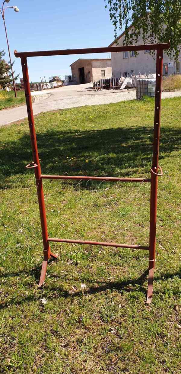Prodám stavební kozy výška 1 m výsun 1,7 m - foto 8