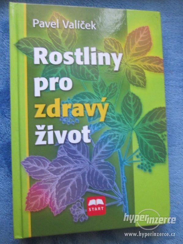 Knihy - foto 3