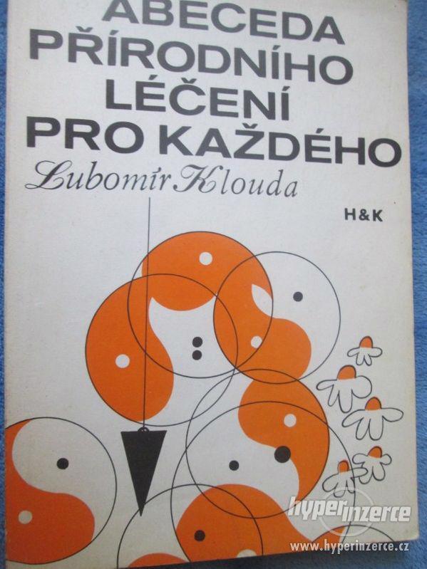 Knihy - foto 4