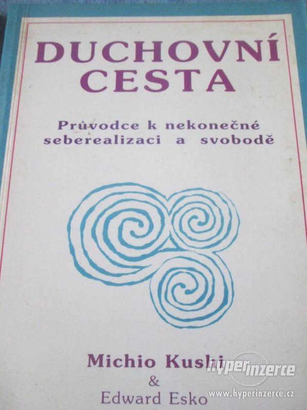 Knihy - foto 7