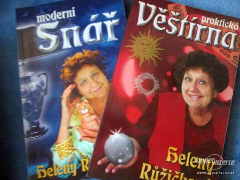 Knihy - foto 1