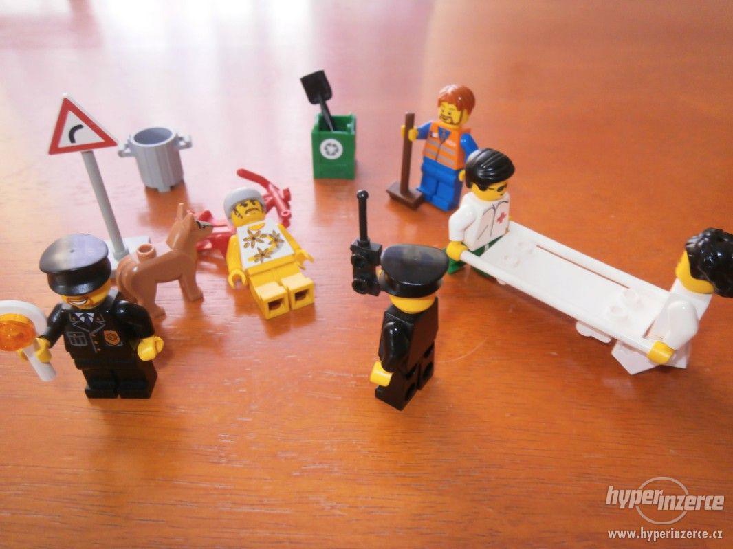 LEGO NEHODA CYKLISTY - foto 1